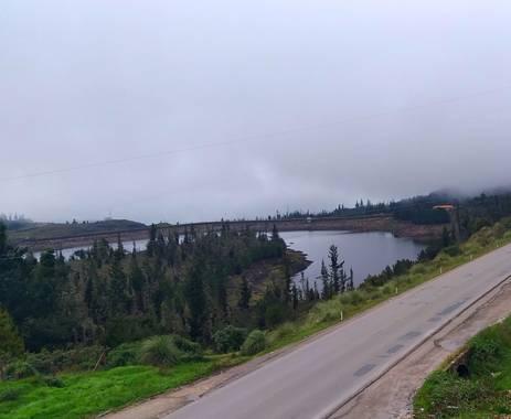 alexsandergragedaf4 en Hamelin: Paisaje, Lago corani Cochabamba 😃