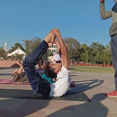 Diana Rosa en Hamelin: Paisaje, Yoga  para niños