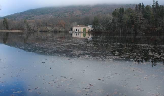 dalopri_ en Hamelin: Paisaje  (Real Sitio de San Ildefonso), El Mar de los jardiines del palacio de #LaGranja es un #espejo #parquesyjardines #palaciosanil...