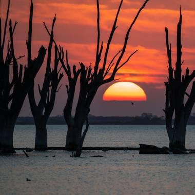 Marcos en Hamelin: Paisaje  (Miramar), Laguna Mar Chiquita en Miramar de ansenuza, Córdoba, Argentina #atardeceresdensueño #miramardeansenuza