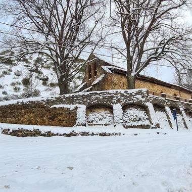 Marijohz en Hamelin: Paisaje  (Ezcaray), Iglesia San Sebastián #invierno20  Borrasca filomena