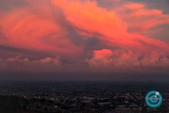 Fotomecuri en Hamelin: Paisaje  (Cali), Foto tomada a las 16:30pm en vía a cristo rey ciudad de Cali Colombia!