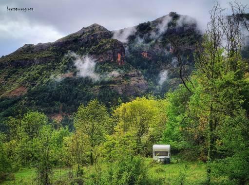 Btorregrosaparra en Hamelin: Paisaje  (Conca de Dalt), Primavera en la Conca de Dalt (Cataluña).