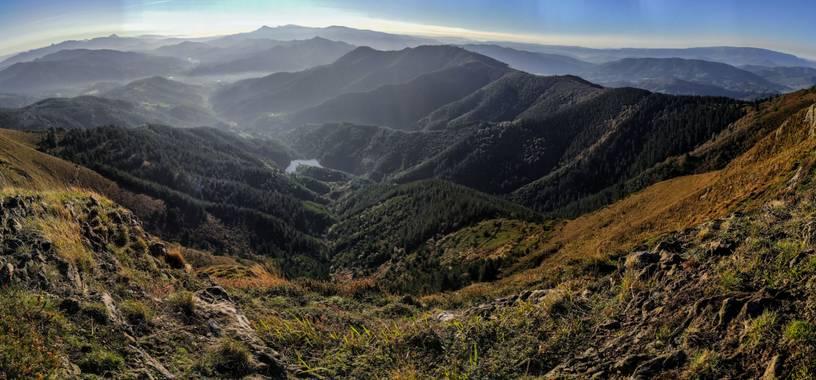 Eritz.cortazar en Hamelin: Paisaje  (Bizkaia), 🏞️Ganekogorta 998m 🏞️  #ganekogorta #bilbao #monte #montaña #senderismo #paseoporelbosque #montebocinero  ...