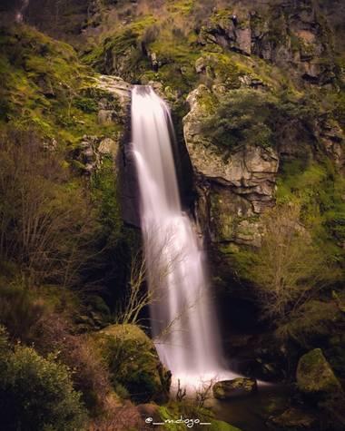 MonniiDiogo en Hamelin: Paisaje  (Pereña de la Ribera), #cascadas  #landscapers  #paisajesdeespaña  #nature_perfect  #naturegram  #naturephotohraphy  #natu...