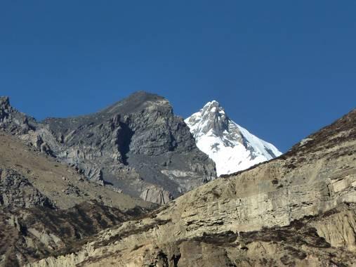 rqsalcedo en Hamelin: Paisaje  (Tankimanang), Distrito de Manang NEPAL  Circuito de los Annapurnas  #invierno20