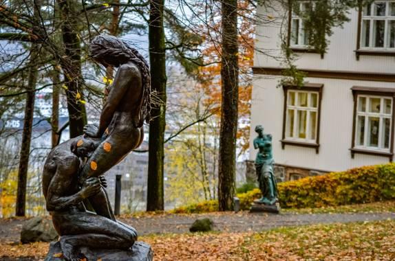 juanielvira en Hamelin: Paisaje, ekebergparken   #ekebergparken #parquesyjardines #parques #jardines #bosque #art #esculturas #oslo #noruega