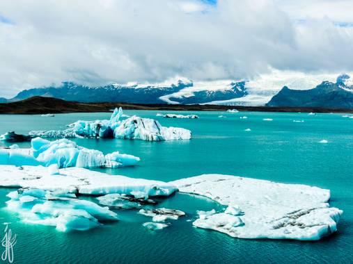 Jesús Foronda en Hamelin: Paisaje  (Sveitarfélagið Hornafjörður), Jökulsárlón es el mayor lago glaciar de Islandia. Esta alimentado por Vatnajökull (el gla...