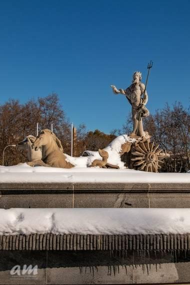 Martinezantonio.correo en Hamelin: Paisaje  (Majadahonda), #invierno2020 #nevadaenmadrid #fuenteneptuno#madrid