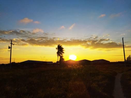 Yani808.yv en Hamelin: Paisaje  (La Guardia), #amanecer #sunrise #a #sunset #sky #nature #photography #naturaleza #landscape #atardecer #ig #sol #cielo #me...