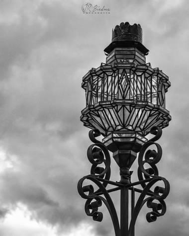 Jrbiedmafotografia en Hamelin: Paisaje  (Priego de Córdoba), #foto #fotografia #blancoynegro #fotografiablancoynegro #nubes #farola #priegodecordoba #adarv...