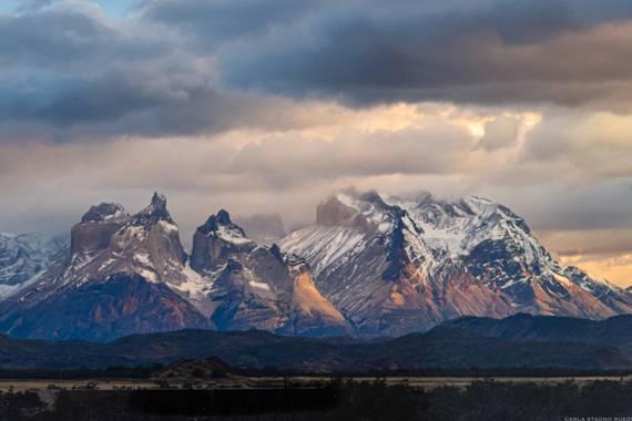 Carla Stagno en Hamelin: Paisaje  (Torres del Paine), Amanecer en Torres del Paine - Chile  #invierno20