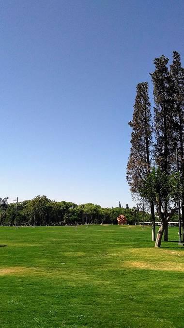 Emanuel Soto Icazatti en Hamelin: Paisaje  (San Juan), Fotografía del Parque de Mayo, Ciudad de San Juan, Argentina