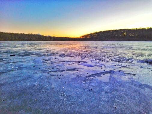 andresmartinez en Hamelin: Paisaje  (Tolhuin), #Invierno20  laguna congelada