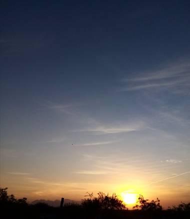 Navarroarevalomariateresa en Hamelin: Paisaje  (Viesca), Dando la bienvenida a un nuevo día!!