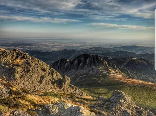 María G Terrones en Hamelin: Paisaje  (Navezuelas), Vistas desde Pico Villuercas