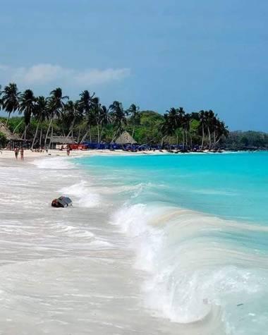 mauricioacmal en Hamelin: Paisaje  (Cartagena), En el Mar, La vida es más Feliz, En paz con alegría, Una felicidad única, Aire puro.  #marcaribe