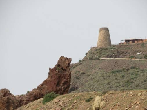 Solerantonio2 en Hamelin: Paisaje  (Níjar), De fondo la torre de vela blanca cabo de gata