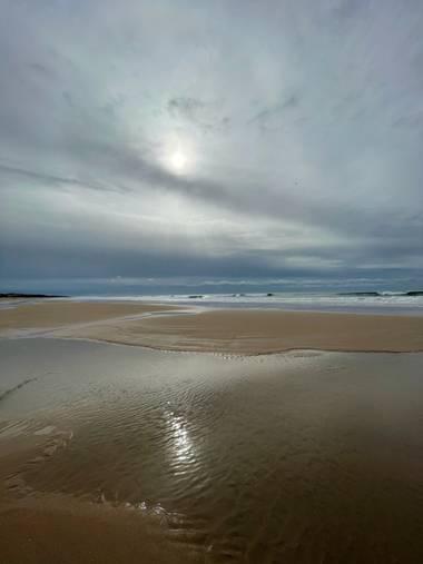 Carmen.rima21 en Hamelin: Paisaje  (Chiclana de la Frontera), Playa en invierno #beach #invierno #waves #olas #tiempo #mar #nubes #lluvia #naturaleza #pais...
