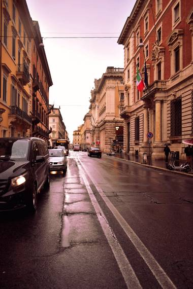 Naia Niwoktomora en Hamelin: Paisaje  (Roma), #callesderoma