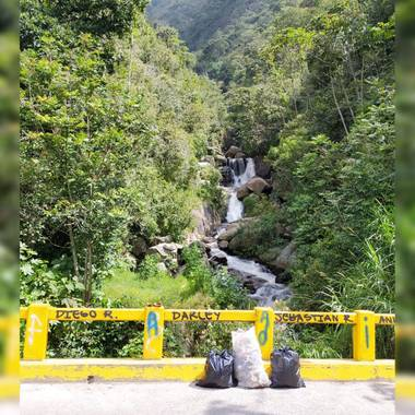 Lloreda102 en Hamelin: EcoSocial - Proyecto  (Bello)