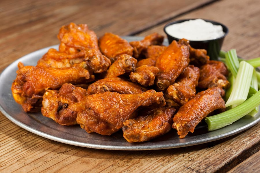 Pluckers Wing Bar - Rio Grande photo