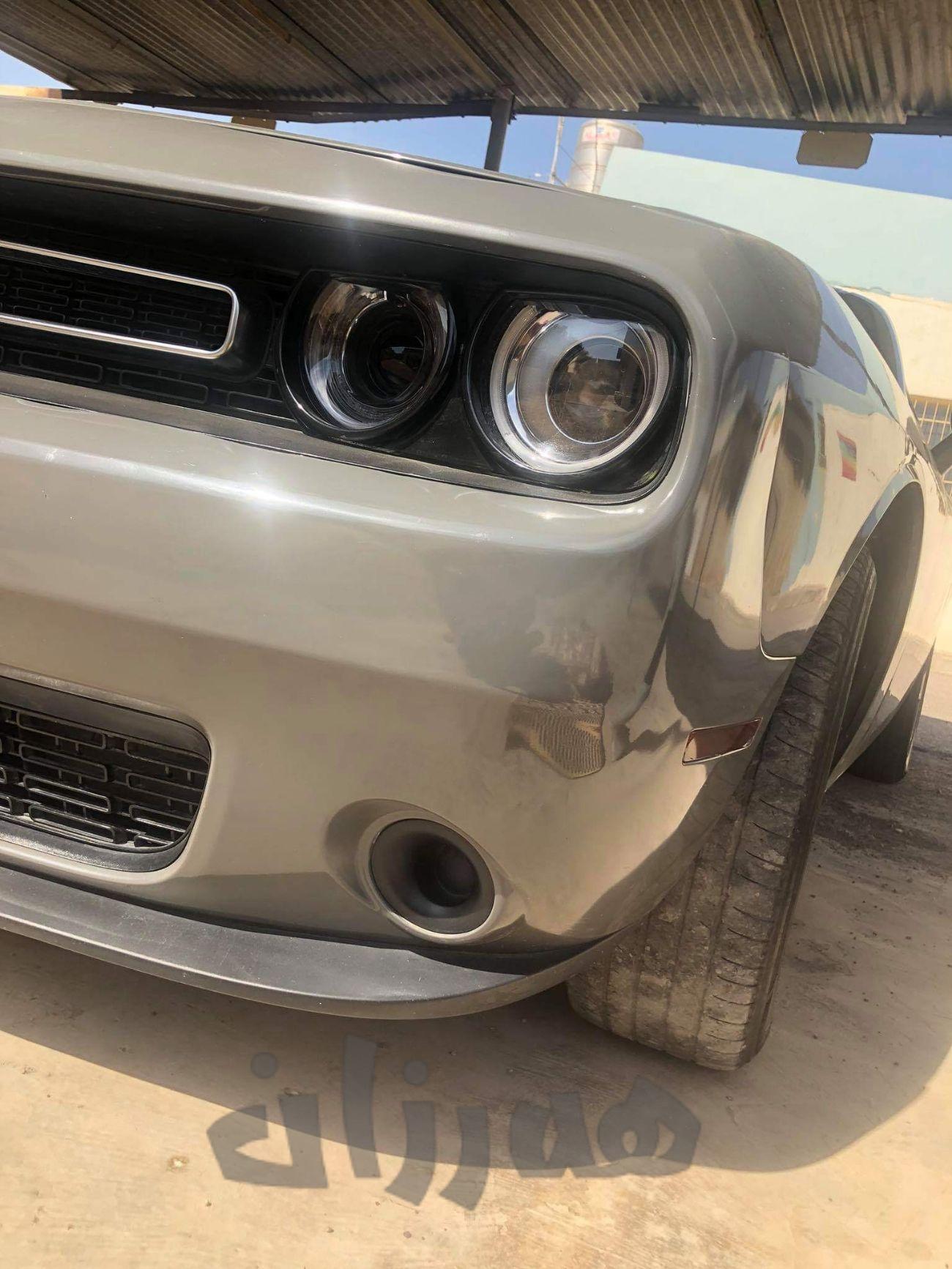 Dodge Challenger    - 2
