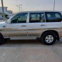 Land Cruiser 2000