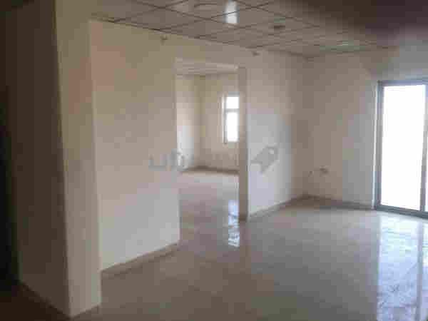 شقة فارغة 168 متر