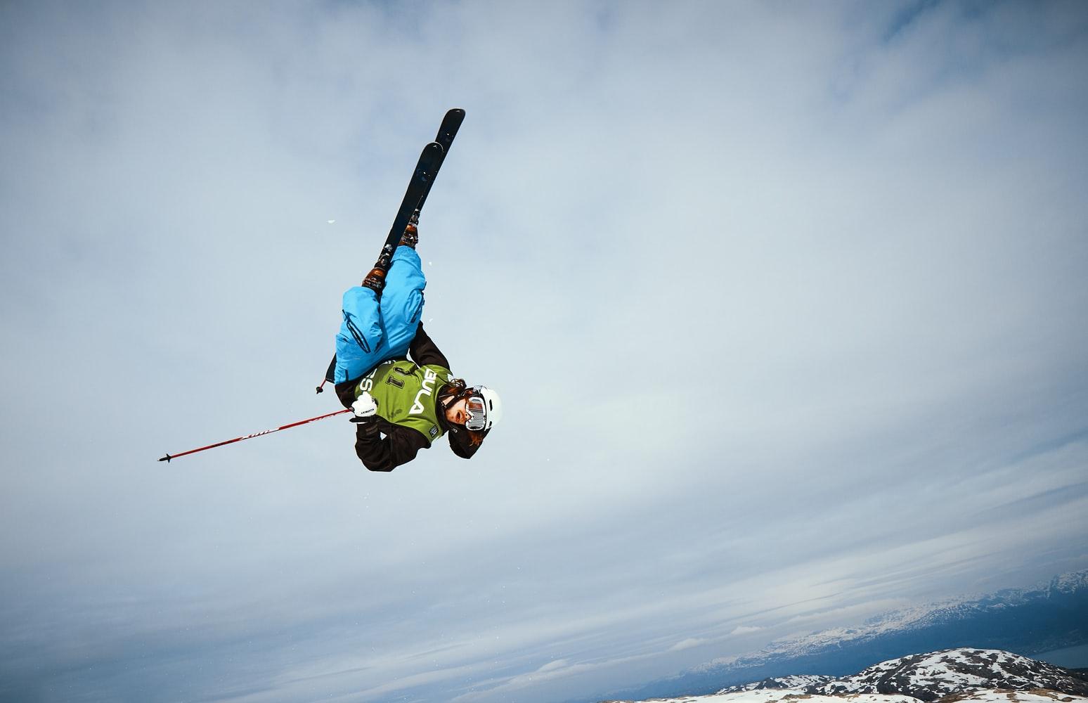 Bakgrunnsbilde med skihopp