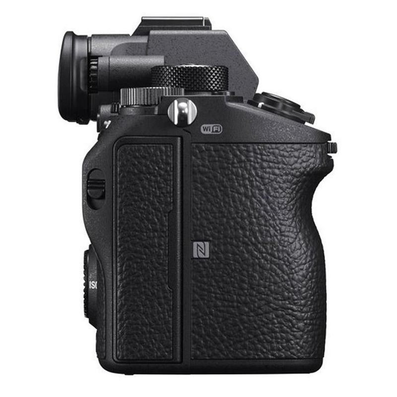 Sony a7R III ILCE7RM3/B Mirrorless Camera Body Only