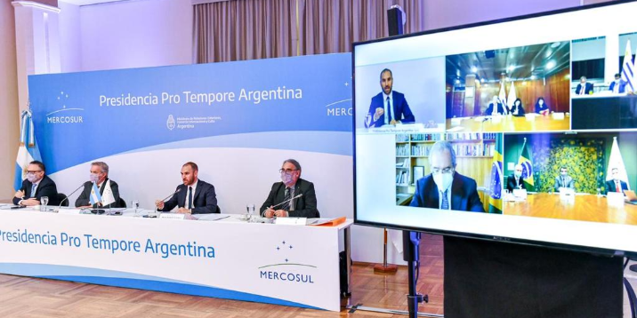 Picture principal - Cumbres borrascosas en el Mercosur