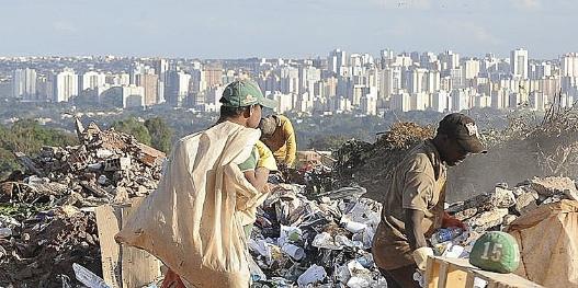 el-milagro-bolsonaro-mitad-brasilenos-pasa-hambre-y-se-duplicaron-favelas