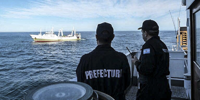 Picture principal - Islas Malvinas: Ejercicios militares, pesca ilegal y concesiones a los piratas