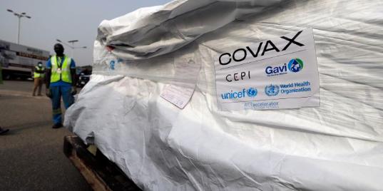 Picture principal - Ghana es el primer país del mundo en recibir vacunas del sistema COVAX
