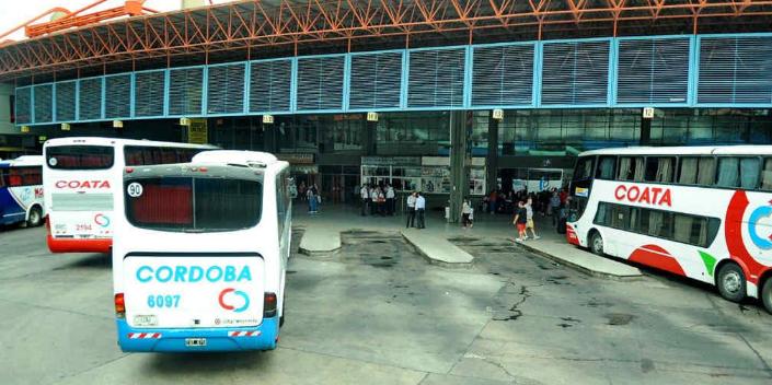 Imagen de la nota 'Córdoba: luego de largo tiempo regresa el transporte y el teatro'
