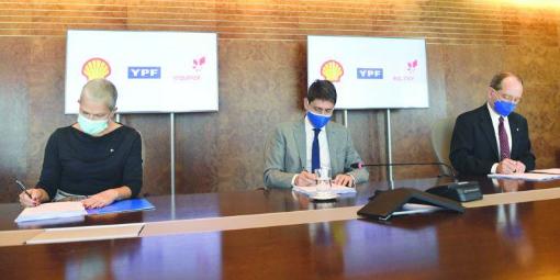 """Imagen de la nota 'Acuerdo YPF-Shell-Equinor: """"No hay lugar para negociados con piratas y ladrones""""'"""