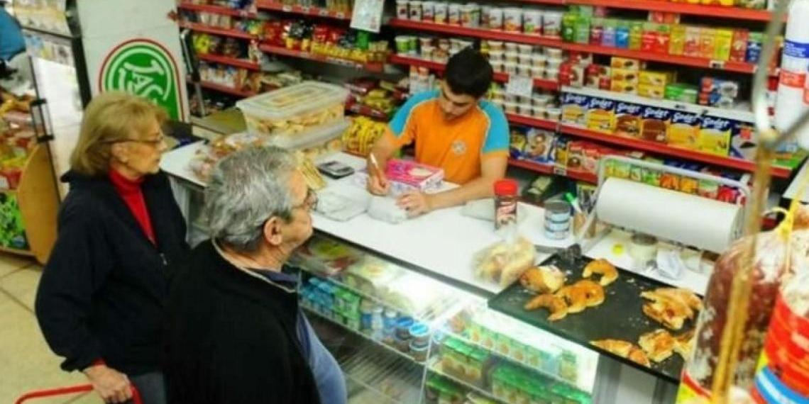 Imagen de la nota 'Las ventas en comercios minoristas en picada: cayeron 48,7% anual'