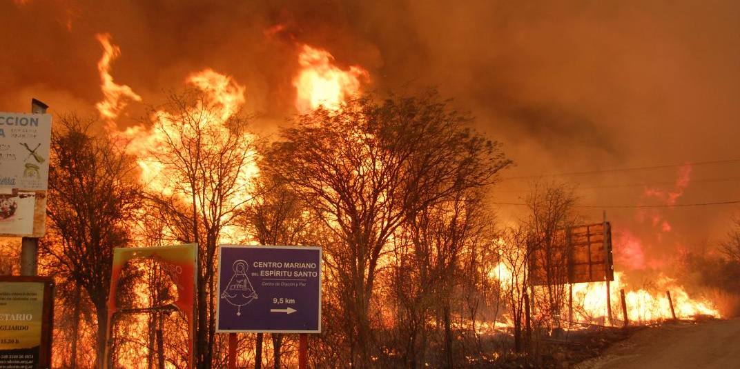 Imagen de la nota 'Alerta extrema en Córdoba: 40.000 hectáreas afectadas por incendios'