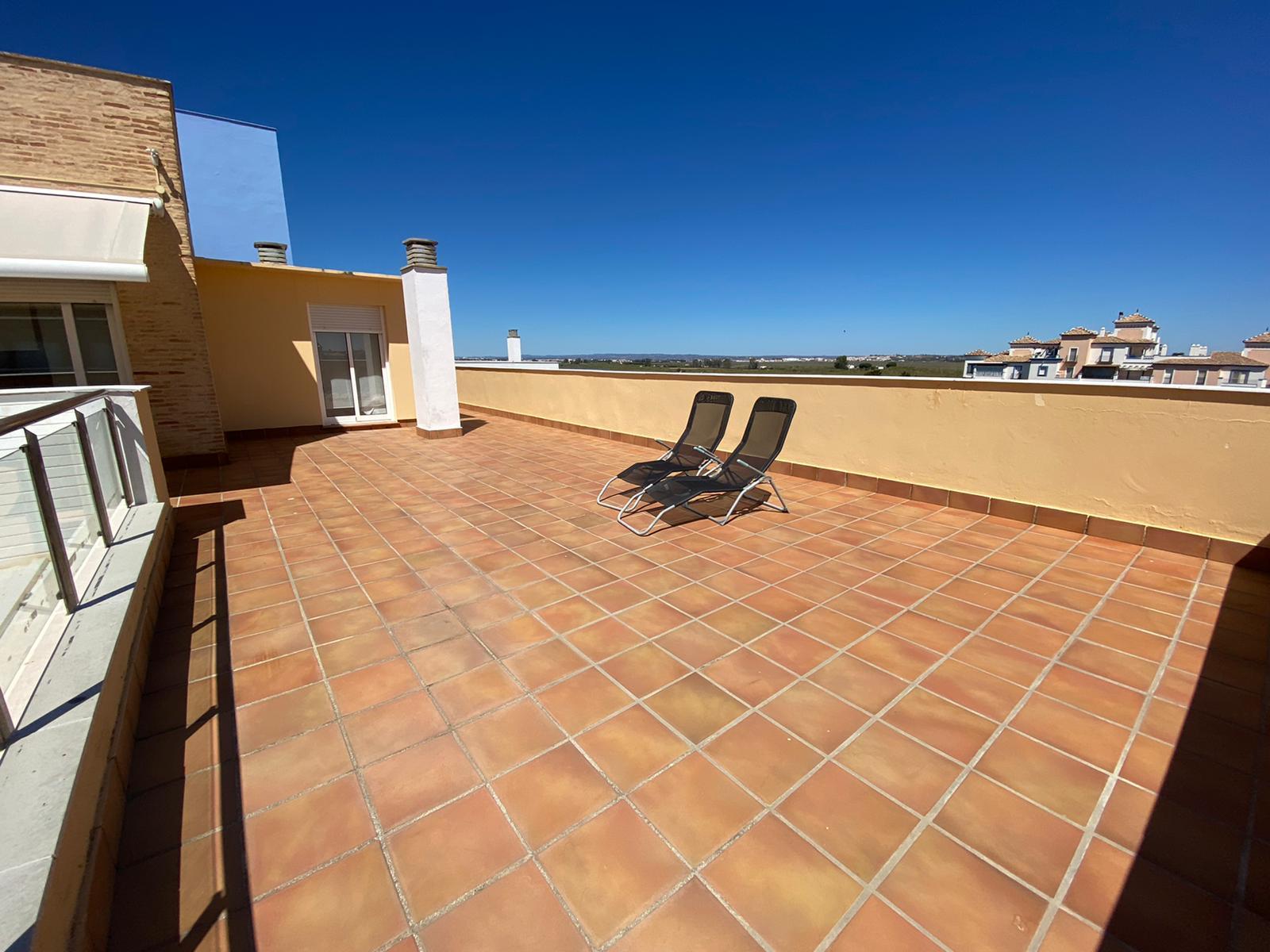 Imagen 2 del Apartamento Turístico, Ático 7 Poniente (3d+2b), Punta del Moral (HUELVA), Paseo de la Cruz nº22