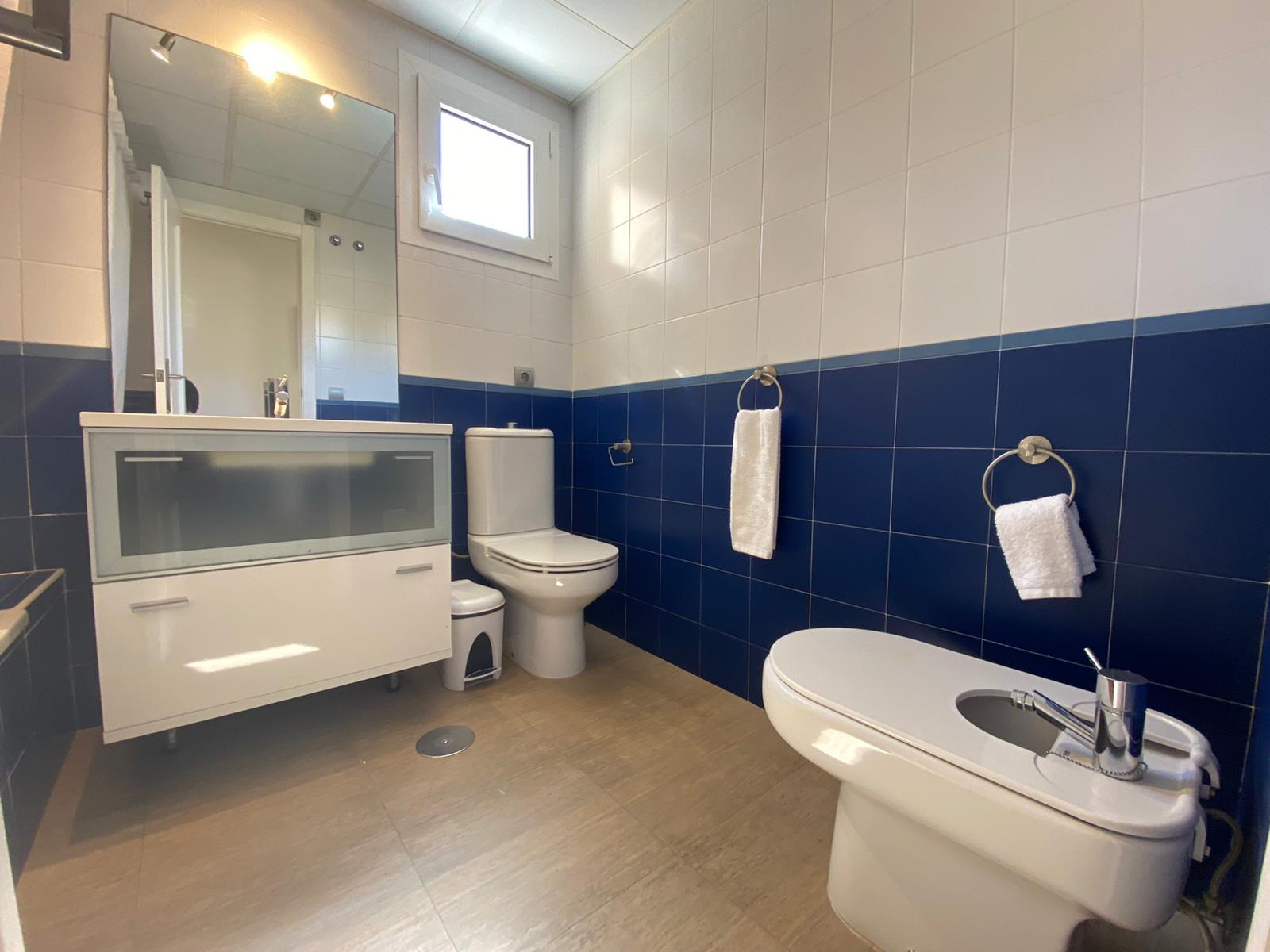 Imagen 31 del Apartamento Turístico, Ático 1 Poniente (3d+2b), Punta del Moral (HUELVA), Paseo de la Cruz nº22