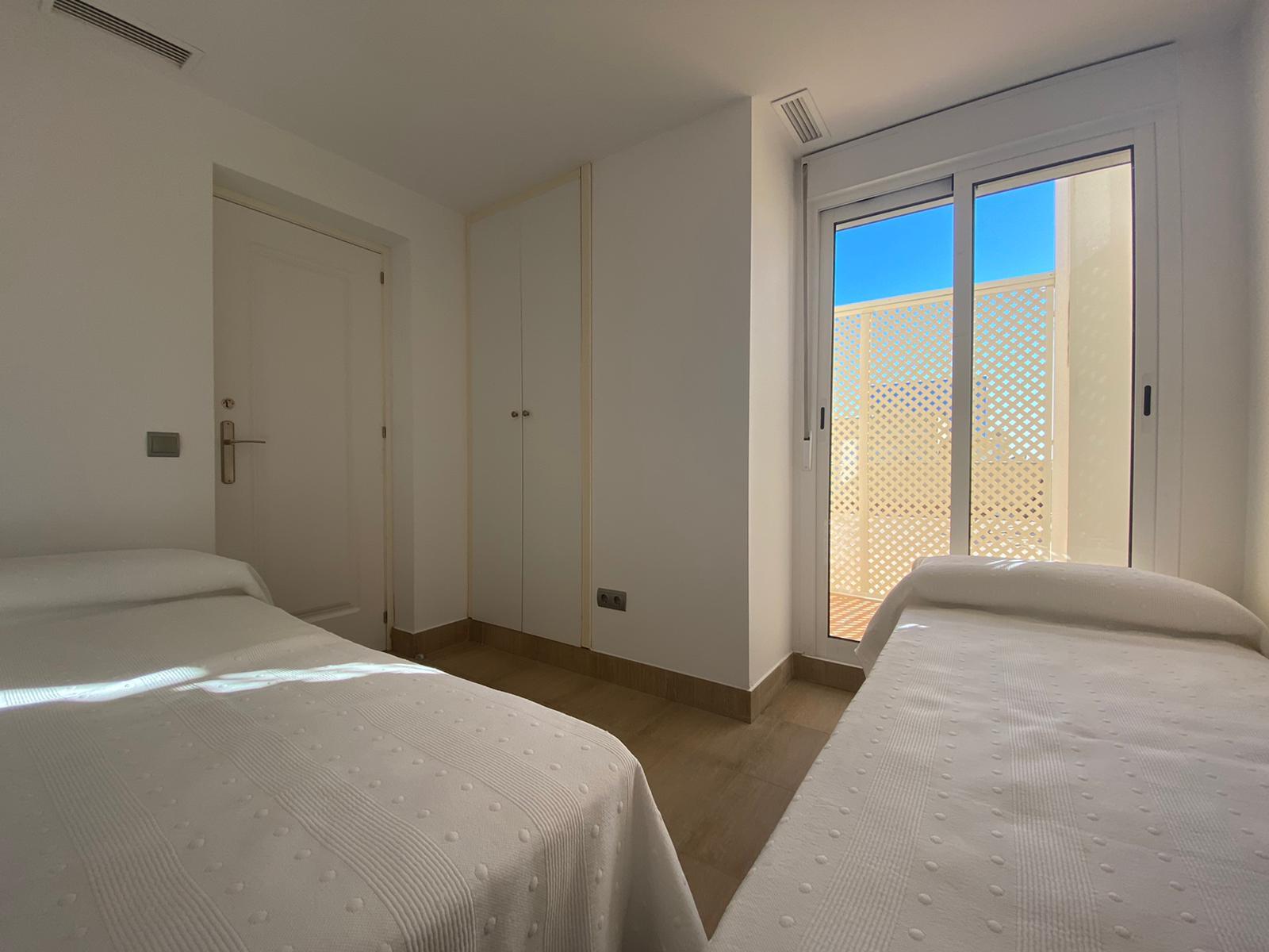 Imagen 23 del Apartamento Turístico, Ático 7 Levante (3d +2b), Punta del Moral (HUELVA), Paseo de la Cruz nº22