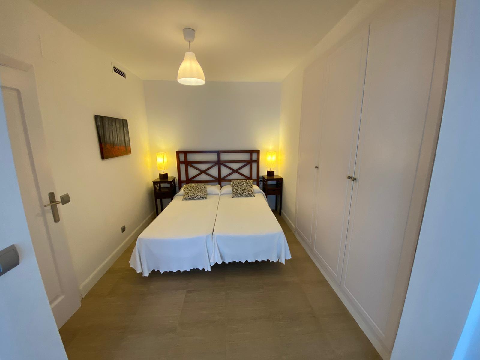 Imagen 23 del Apartamento Turístico, Ático 8 Poniente (3d+2b), Punta del Moral (HUELVA), Paseo de la Cruz nº22
