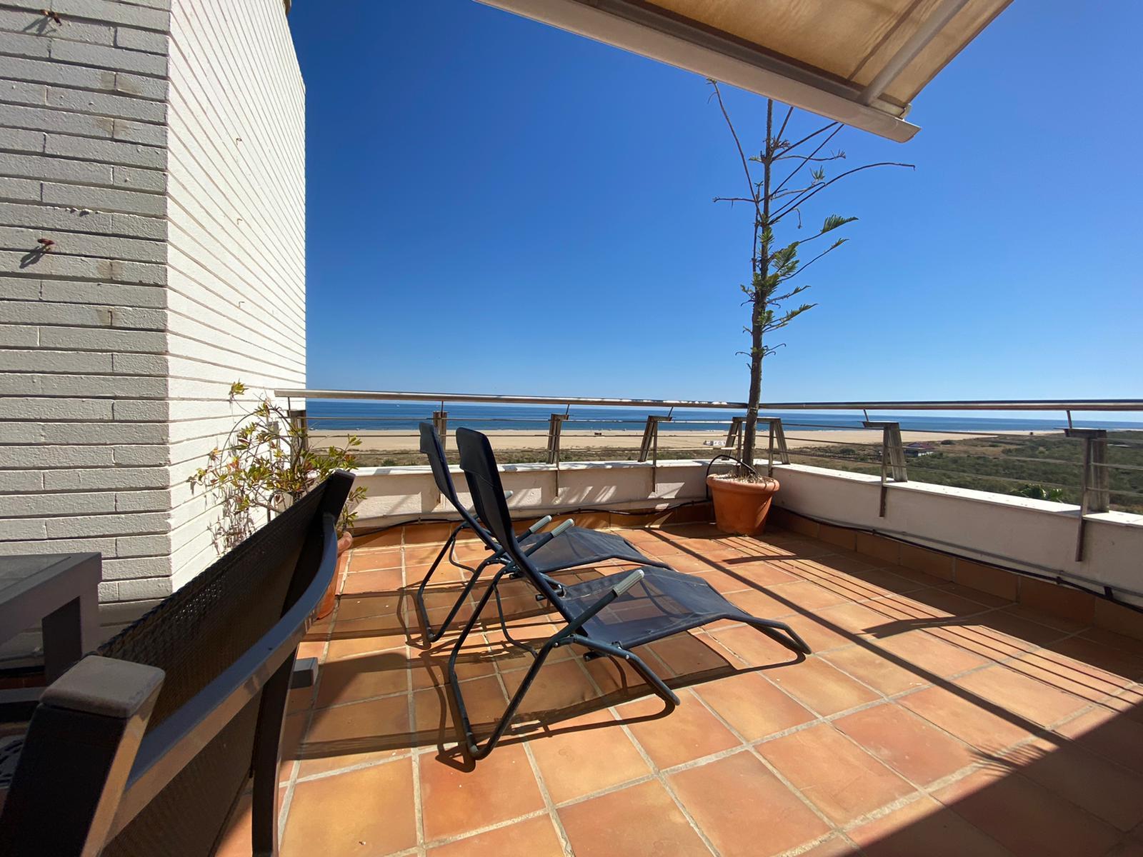 Imagen 48 del Apartamento Turístico, Ático 3 Levante, Frontal (4d+2b), Punta del Moral (HUELVA), Paseo de la Cruz nº22