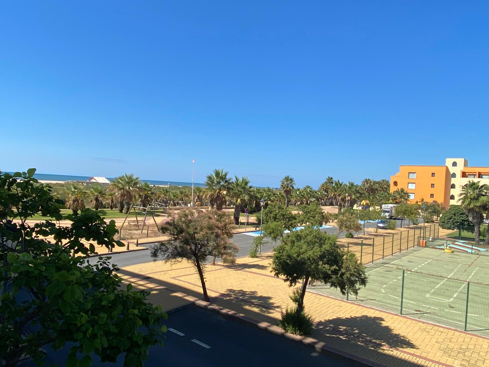 Imagen 28 del Apartamento en El Espigón, 1ª Planta nº4 Poniente (3d+2b), Punta del Moral (HUELVA), Paseo de la Cruz nº22
