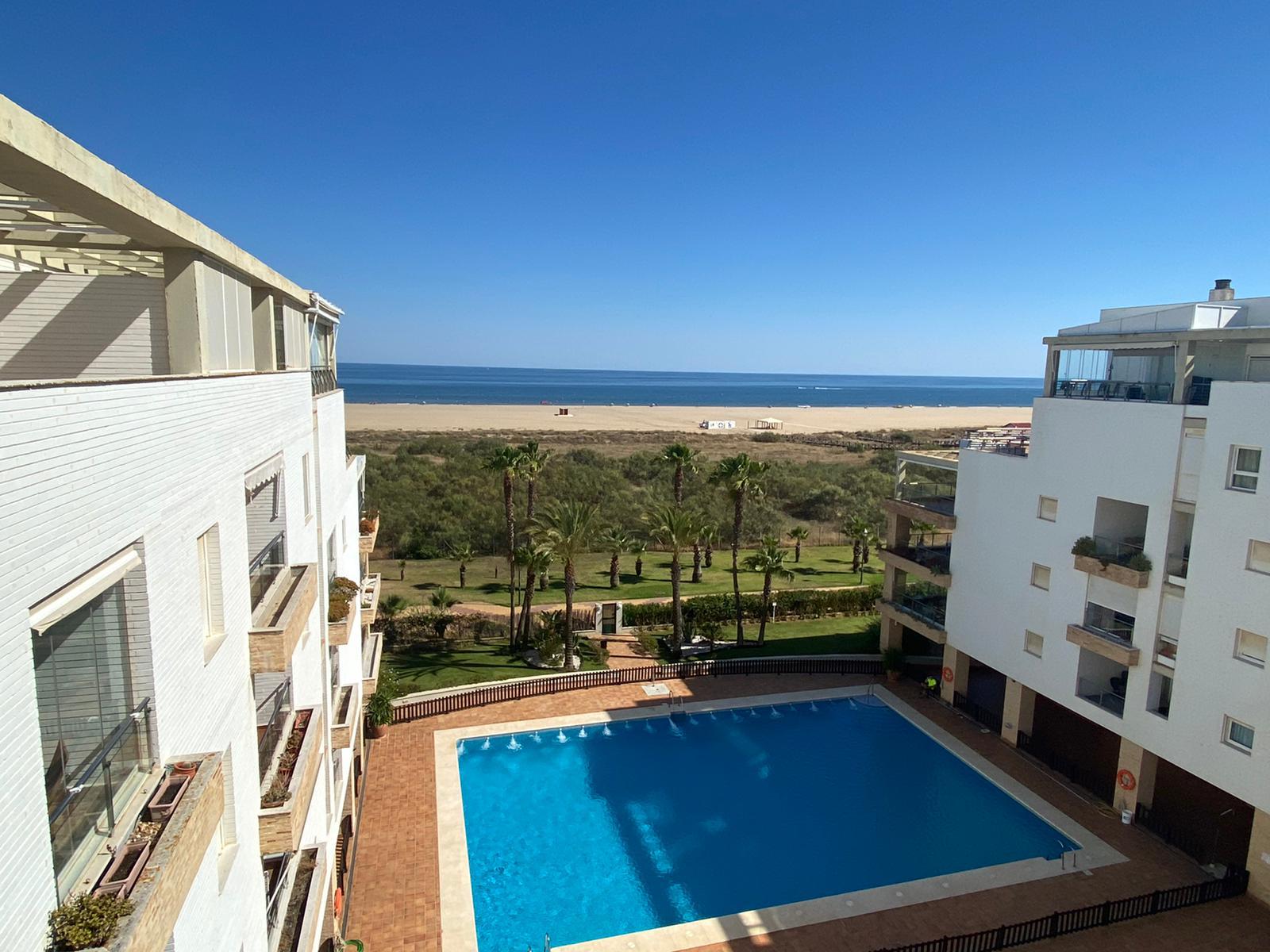 Imagen 29 del Apartamento en El Espigón, 1ª Planta nº4 Poniente (3d+2b), Punta del Moral (HUELVA), Paseo de la Cruz nº22