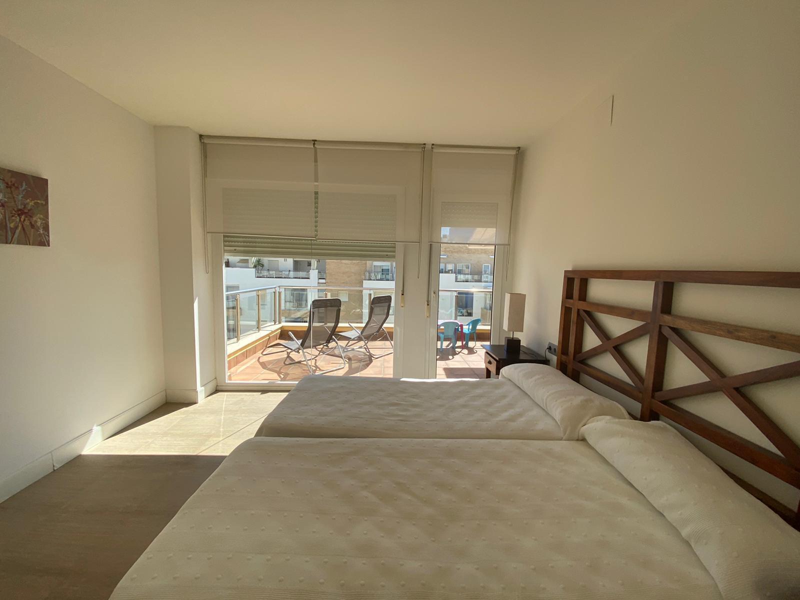Imagen 25 del Apartamento Turístico, Ático 1 Central (3d+2b), Punta del Moral (HUELVA), Paseo de la Cruz nº22