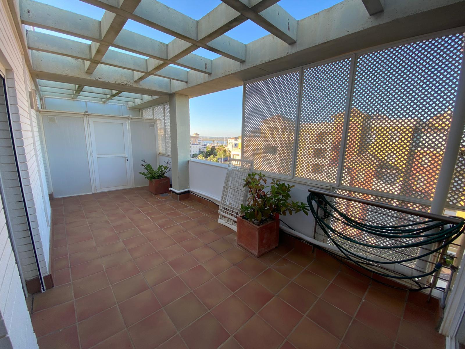 Imagen 10 del Apartamento Turístico, Ático 4 Levante, Frontal (4d+2b), Punta del Moral (HUELVA), Paseo de la Cruz nº22