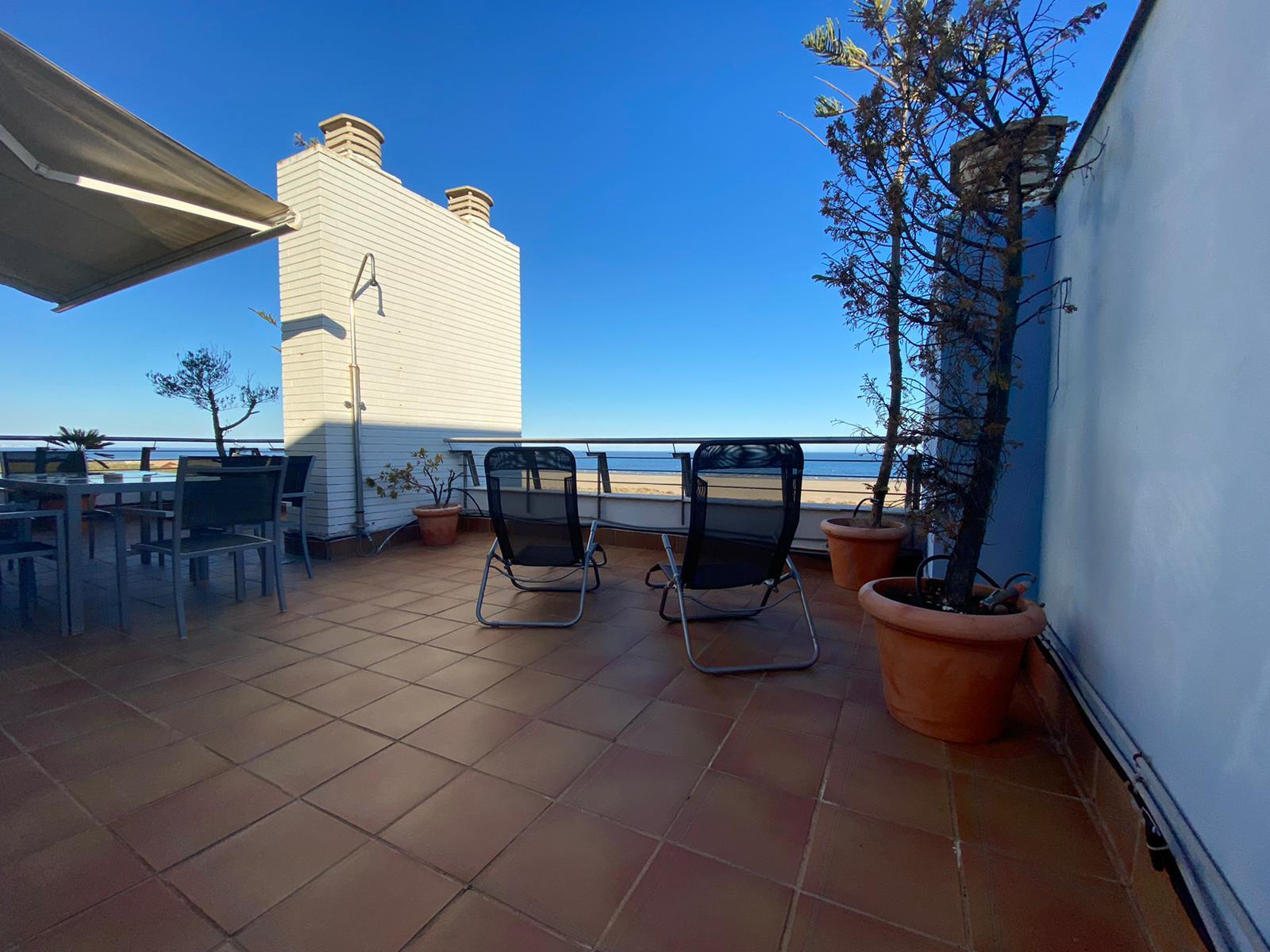 Imagen 3 del Apartamento Turístico, Ático 4 Levante, Frontal (4d+2b), Punta del Moral (HUELVA), Paseo de la Cruz nº22