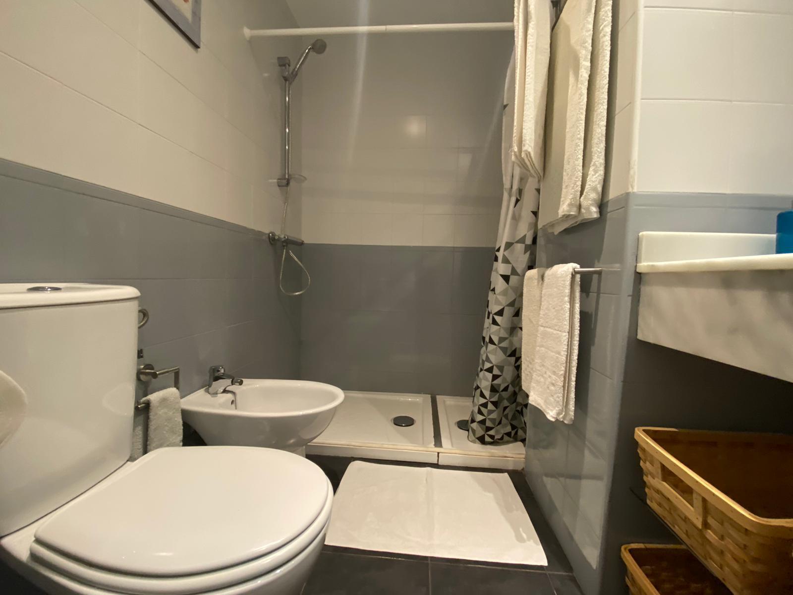 Imagen 23 del Apartamento Turístico, Ático 4 Levante, Frontal (4d+2b), Punta del Moral (HUELVA), Paseo de la Cruz nº22